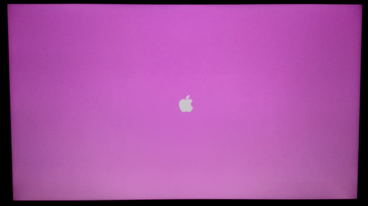 pink screen when I switch on my mac - Apple Community