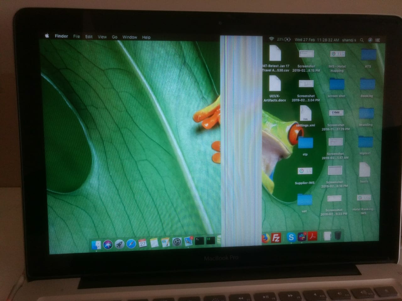Coloured vertical lines on my macbook pro… - Apple Community