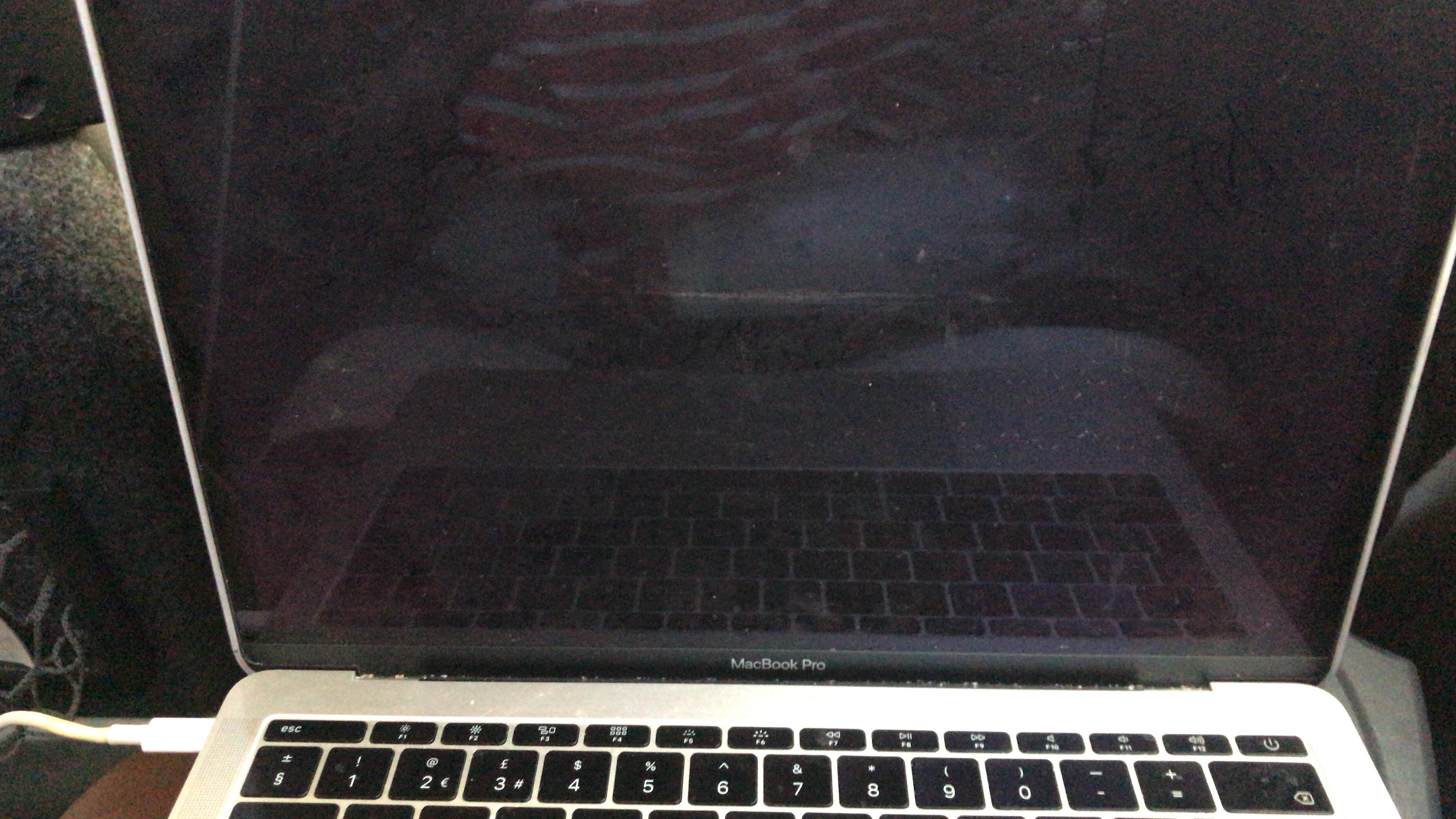 MacBook Pro 2017 Backlight shutdown compl… - Apple Community