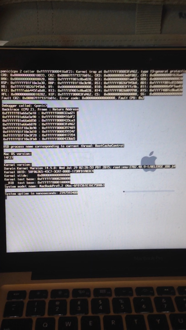 Macbook stuck in endless reboot loop - Apple Community