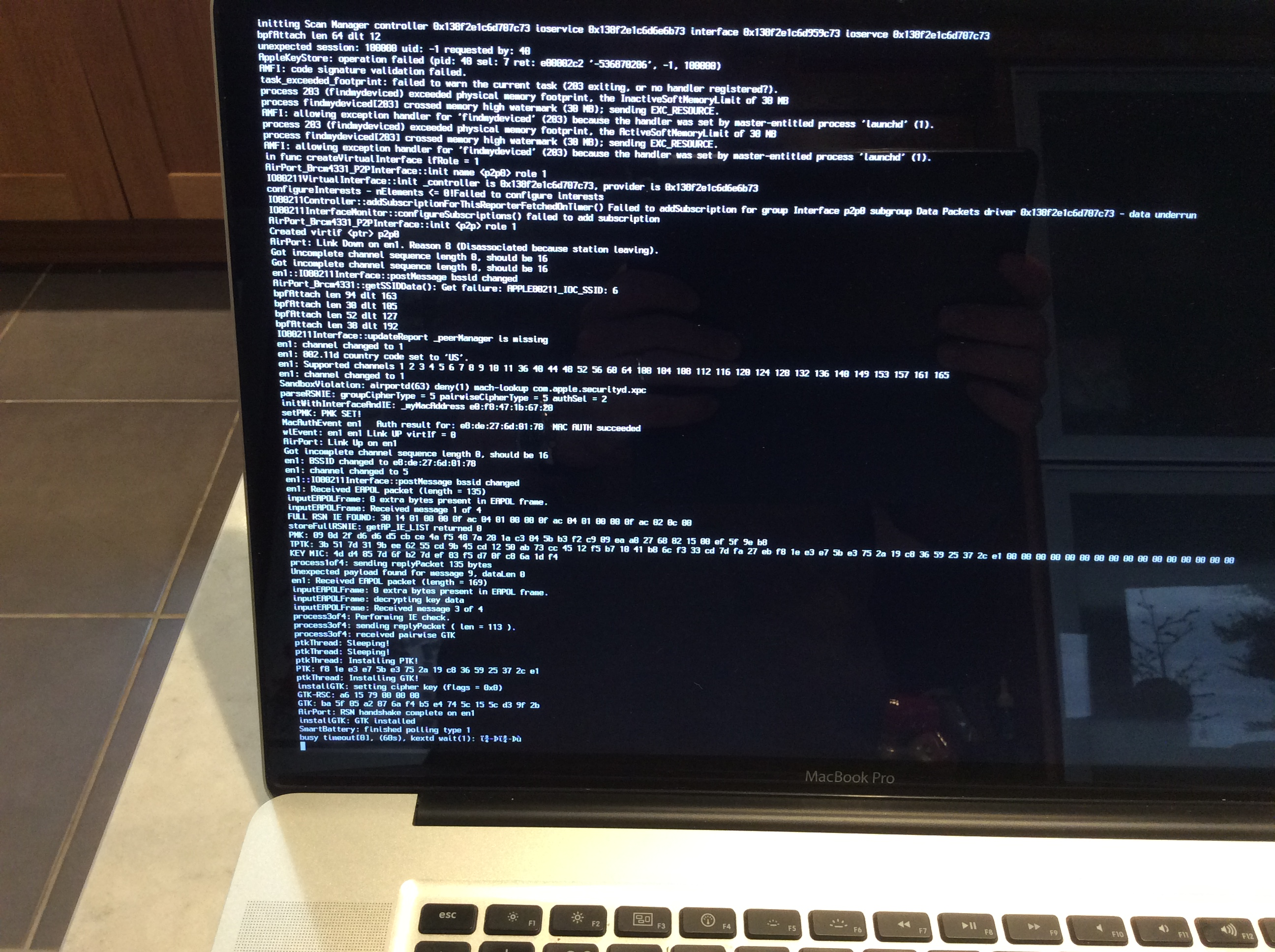 MacBook7,1 will not boot after updating f… - Apple Community