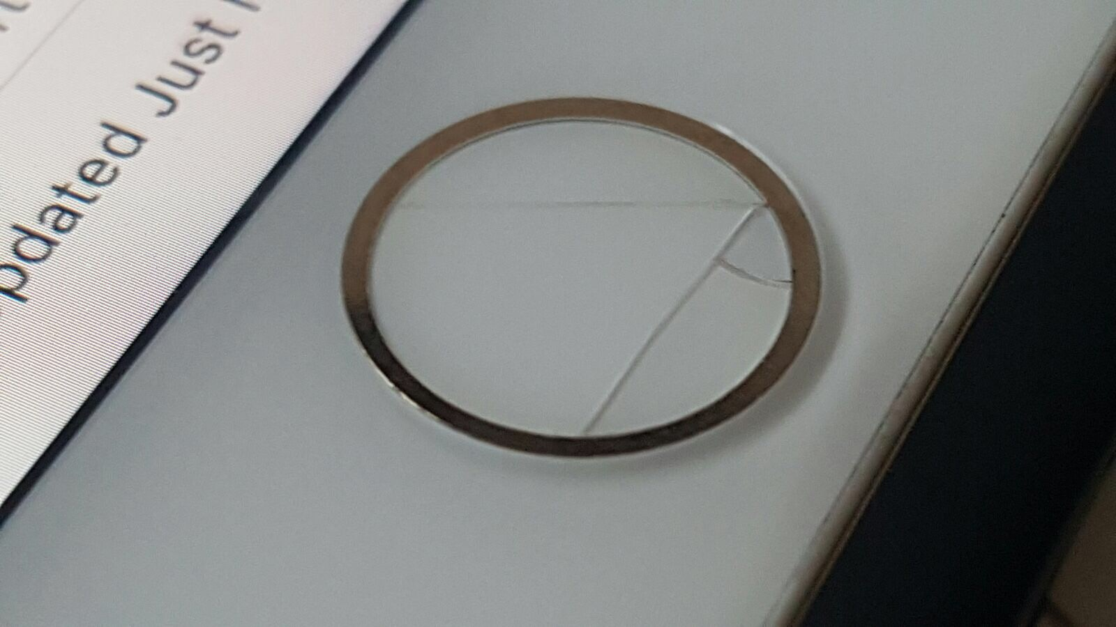 online store 69817 f874f iphone 7 cracked home button - Apple Community