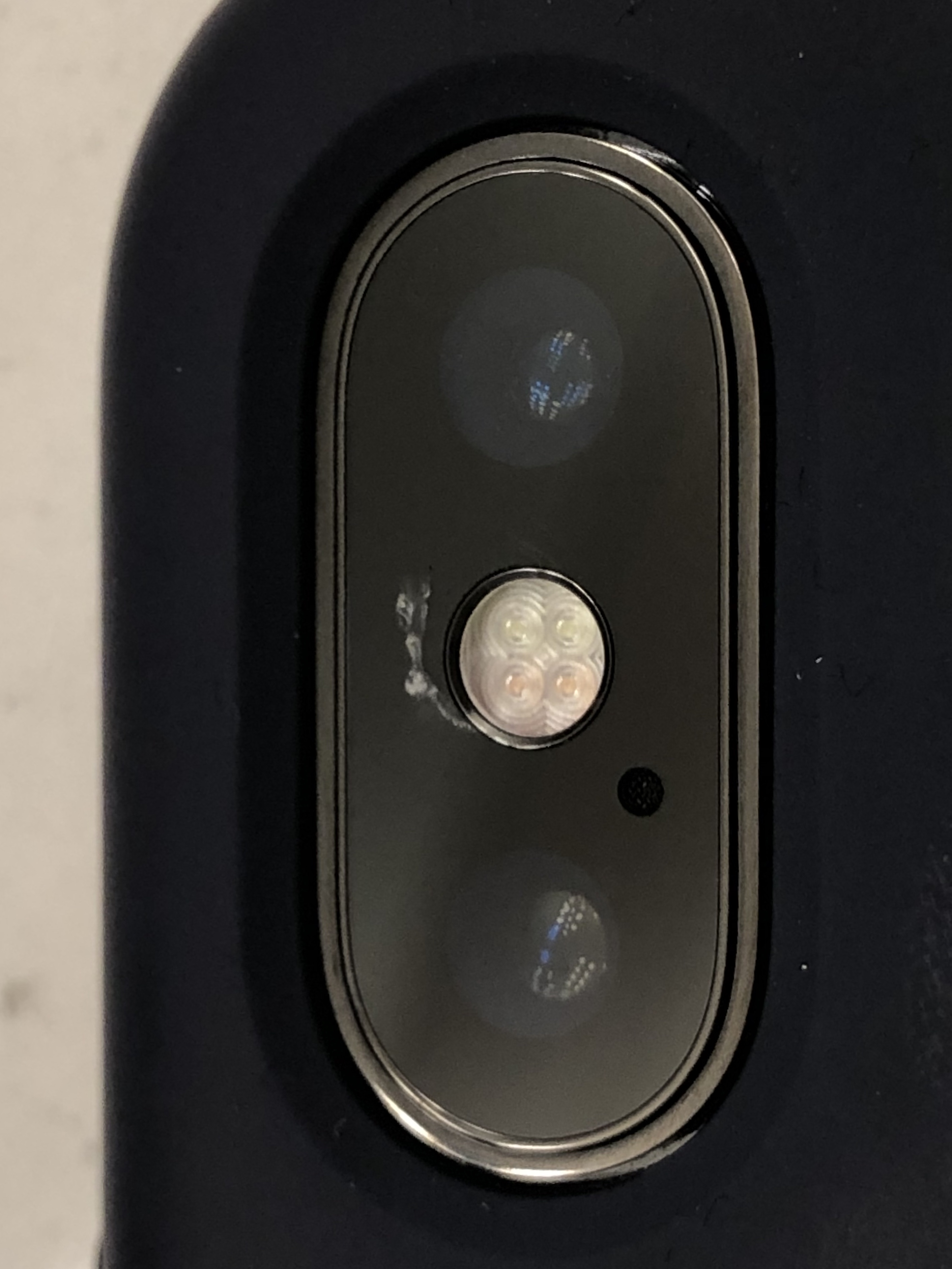 reputable site 0486d 72f6a Cold weather cracked iPhone X camera lens - Apple Community