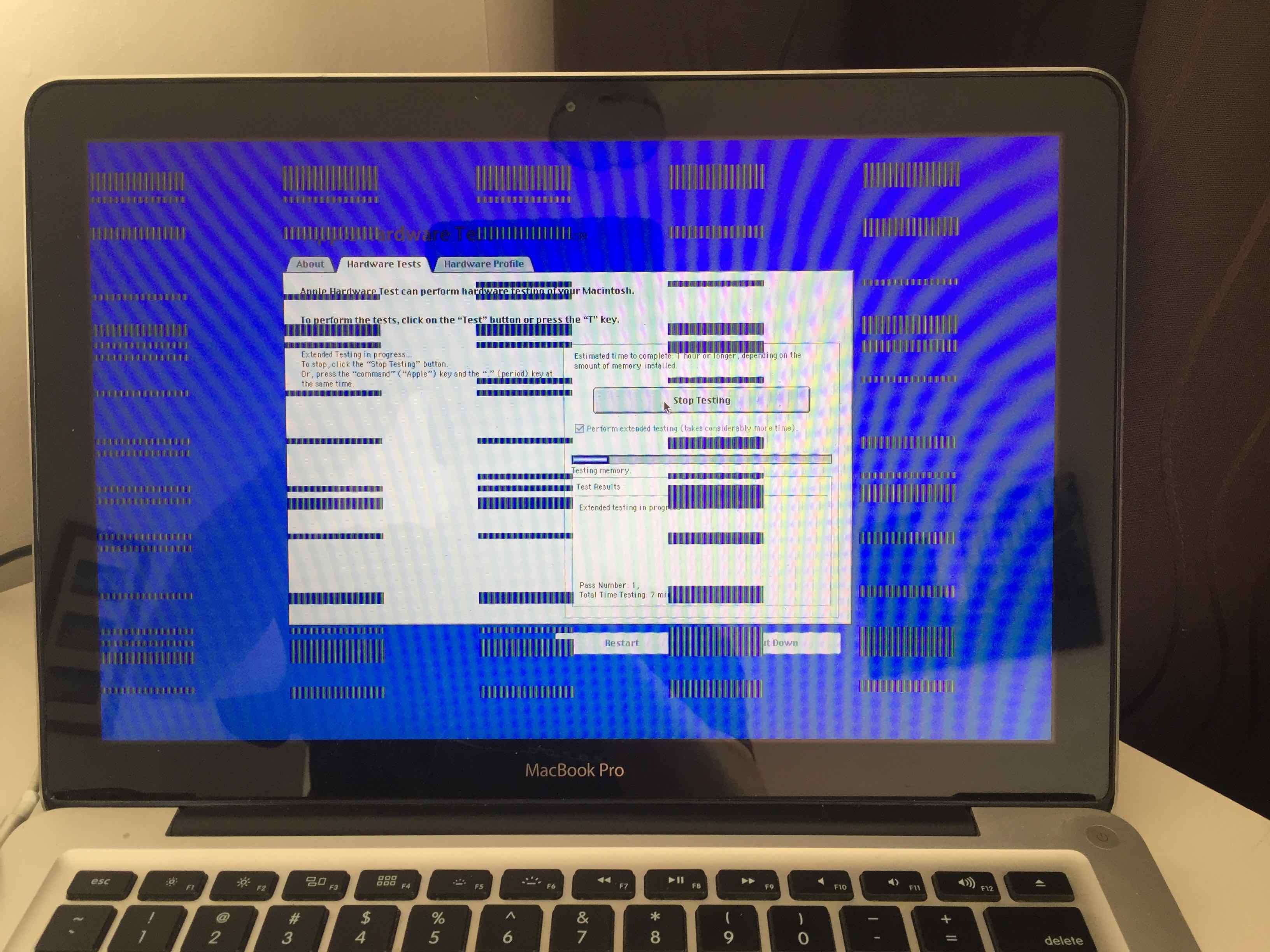 Macbook pro intermittently won't wake… - Apple Community