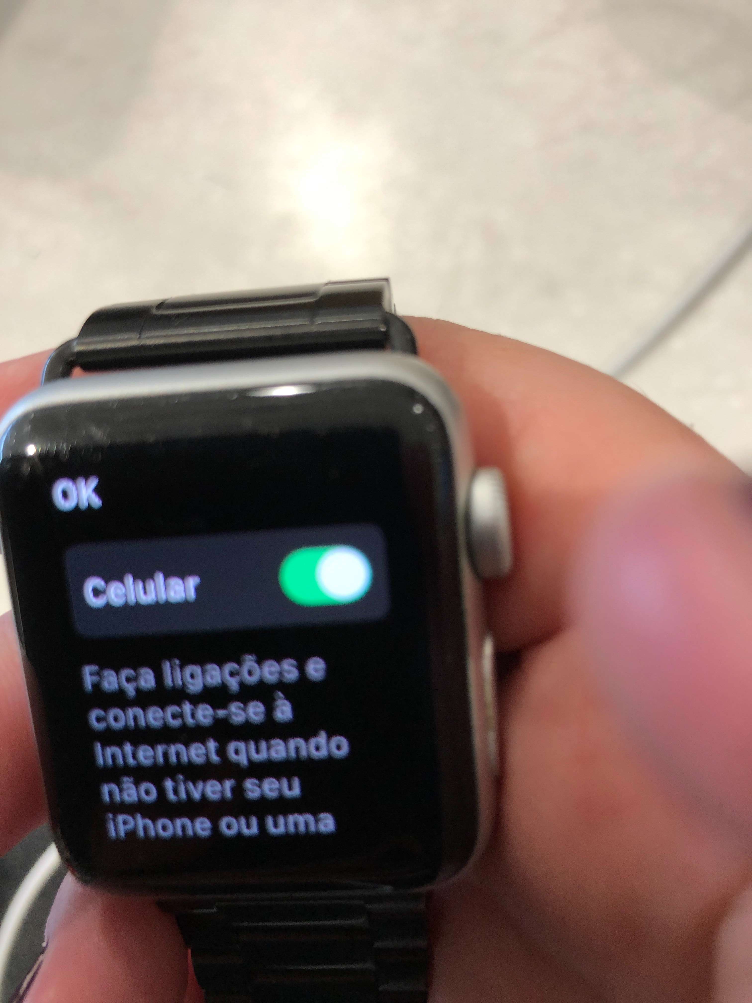 How switch off mobile of apple watch seri… - Apple Community